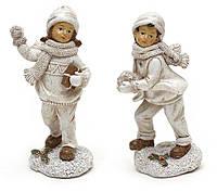 "Елочная игрушка 197-D25 статуэтка ""Ребенок со снегом"", керамика 14,5х5,7х5,5см"