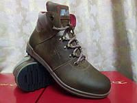 Стильные зимние оливковые ботинки Madoks