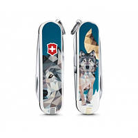 """Нож Victorinox Classic LE 2017 """"The Wolf is coming Home"""" 0.6223.L1704, фото 1"""