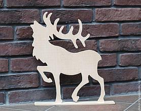 Новогодний декор из пенопласта - елки, снежинки, олени, сани 17