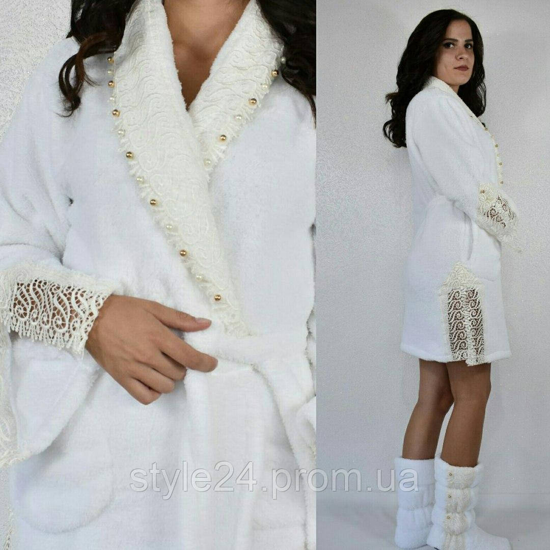 Шикарний комплект:махровий халат з жемчугами та кружевом і сапожки.Р-ри 42-48