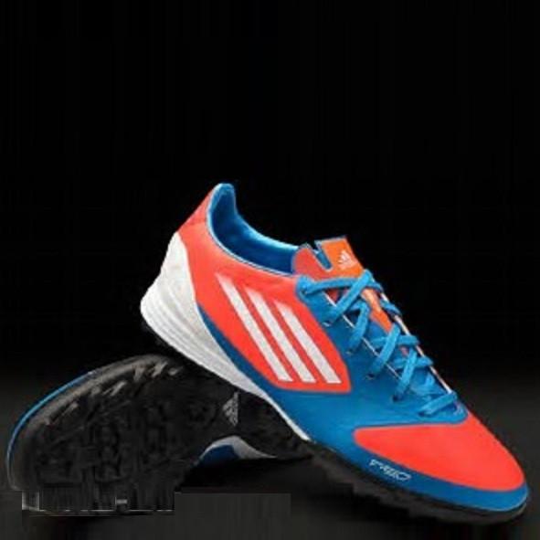 Обувь для футбола (сороканожки) Adidas F30 TRX  TF