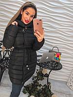 Красивое женское зимнее пальто с капюшоном
