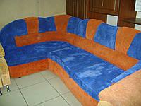 Мягкий уголок, диван угловой б/у в гостиную