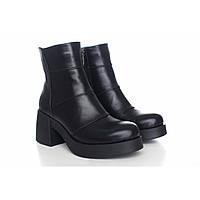 Кожаные зимний ботиночки на массивном каблуке