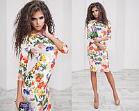 Женское платье классика яркий принт  цветы на белом