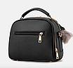 Сумка женская с ручкой через плечо Stylish bag с помпоном Черная, фото 2