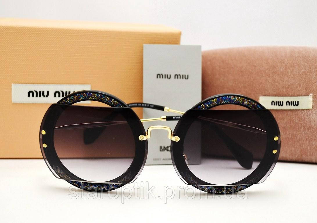 3997cb216737 Солнцезащитные очки Miu Miu Reveal Evolution SMU 06SS (Black ...