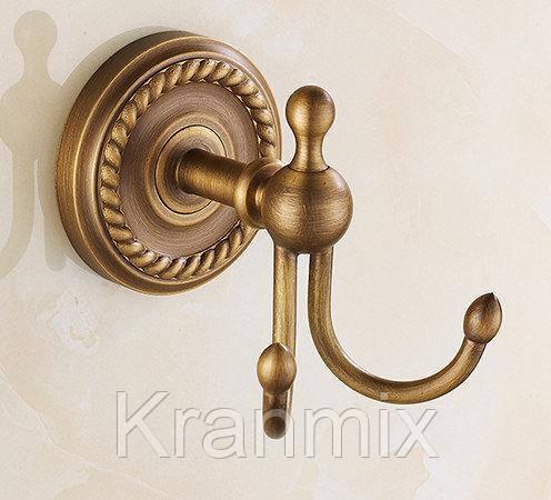 Крючок для ванной бронза