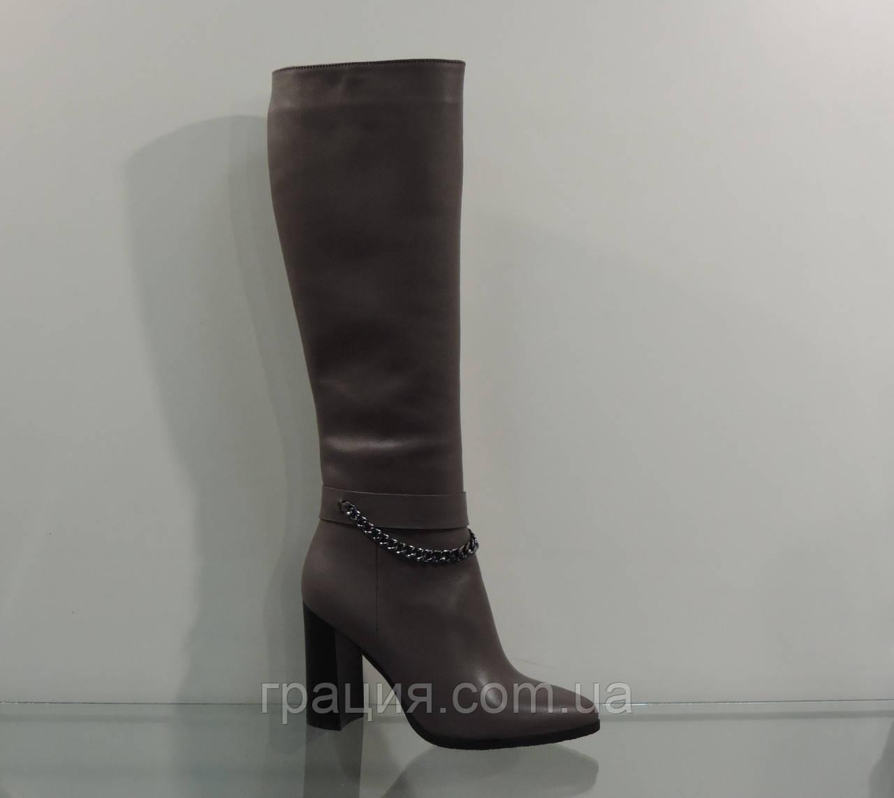 Элегантные женские кожаные зимние сапоги на каблуке с цепочкой - Грація в  Конотопе 42f43d7de7f10