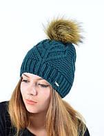 Зимняя теплая шапка с меховым помпоном