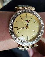 Женские часы Tommy Hilfiger золотые