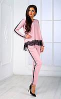 Женский брючный костюм с кружевом и узким рукавом  (пудровый) Poliit №7091