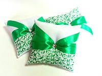 Подушечка для обручальных колец зеленая. Ручная работа: роспись