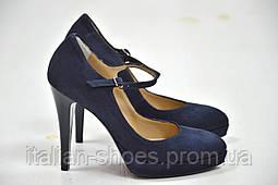 Итальянские женские туфли темно-синего цвета на высоком каблуке