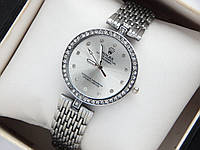 Женские кварцевые наручные часы Rolex, серебристого цвета, со стразами на корпусе и циферблате, фото 1