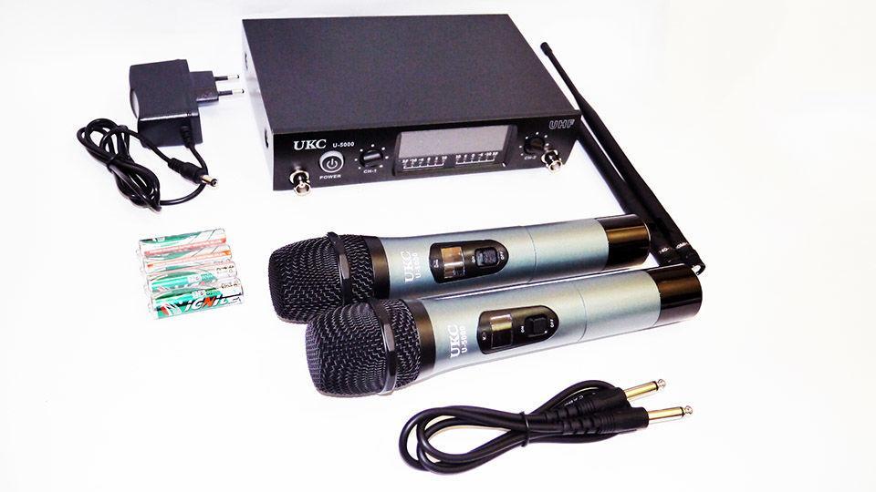 UKC DM U-5000 Комплект профессиональных микрофонов с радиобазой
