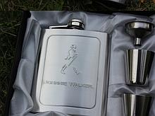 Фляга из нержавейки «Johnnie Walker» серебро 7 oz / 210 г.