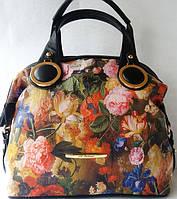 Эффектная сумка с цветочным принтом из качественного кожзаменителя