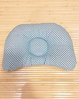 """Ортопедическая подушка для новорожденного """"Графитовые точки на бирюзе + бирюзовые звезды на белом"""""""