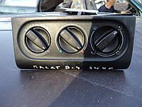Б/у регулятор оборотов вентилятора печки для Volkswagen Passat B4