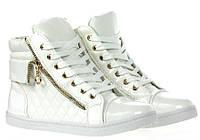 Белые женские лаковые кеды-ботинки модель Korinf