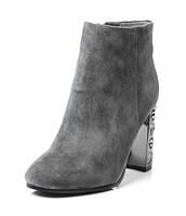 Замшевые женские ботинки на каблуке демисезонные