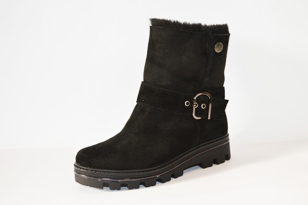 Замшевые женские ботинки Kento