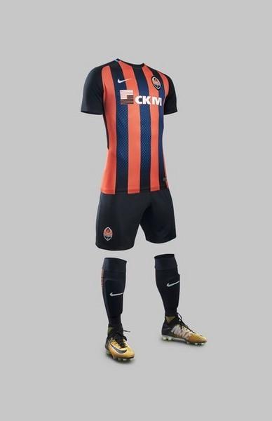 Детская футбольная форма Шахтер оранжевая сезон 2017-2018 32 размер 155-170 см