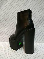 Ботильоны женские стильные на толстом каблуке и тракторной подошве черные эко-кожа, фото 3