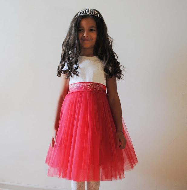 Платье праздничное, бальное для девочки от годика