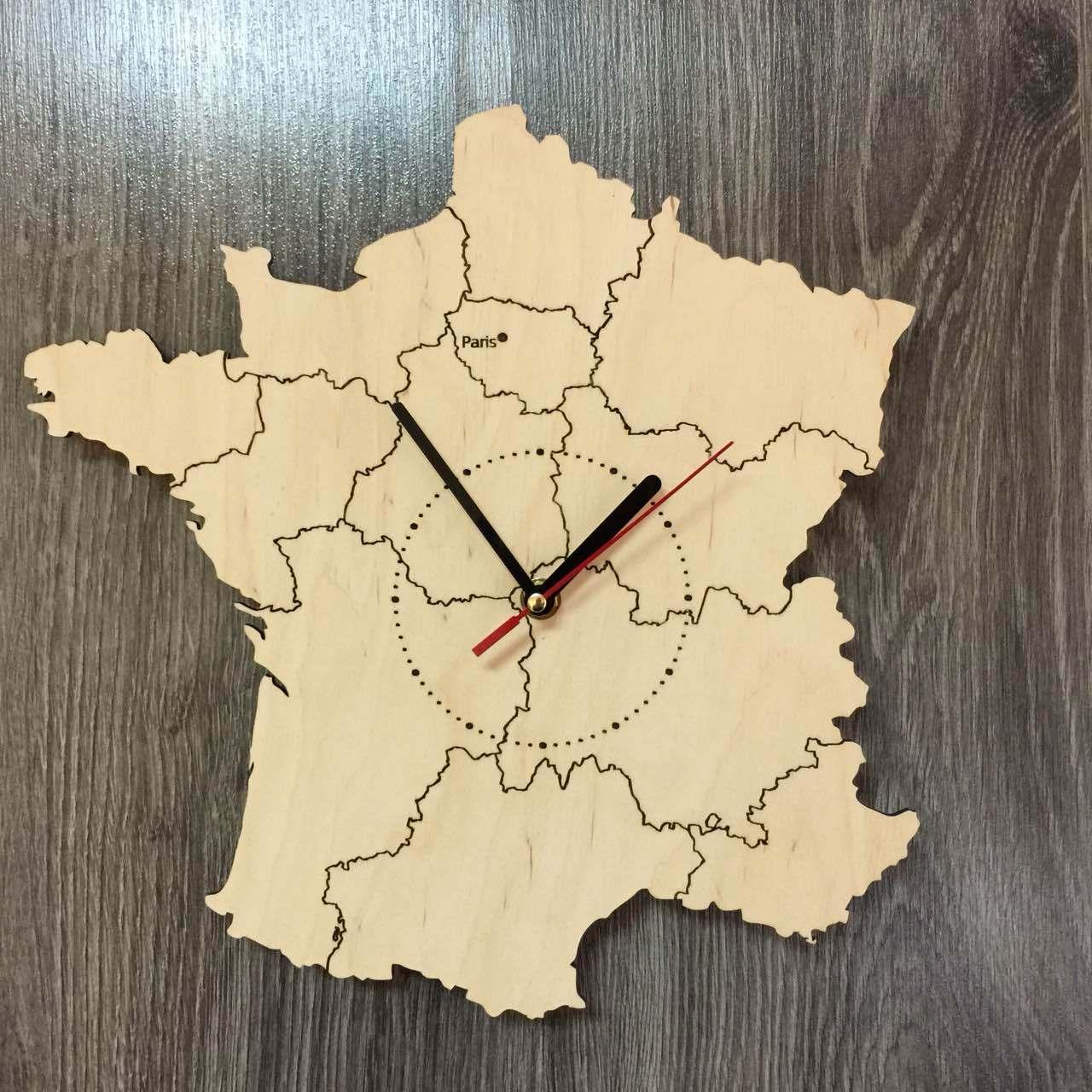 Декоративные часы-карта из дерева «Франция»