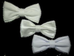 Белые галстук-бабочки