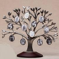 Семейное родовое дерево на 12 фотографий с деревянной подставкой