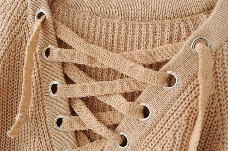 2833f7a1df0 Женский удлинённый свитер туника с колечками на шнуровке бежевый ...