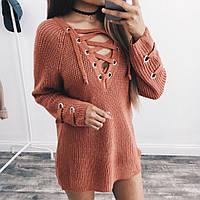 Женский удлинённый свитер туника с колечками на шнуровке кирпичный