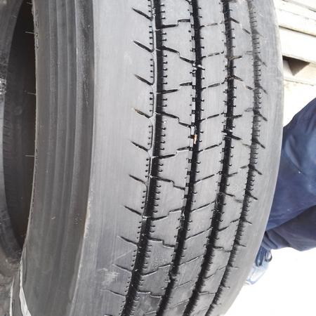 Грузовые шины б.у. / резина бу 235.75.r17.5 Firestone FS400 Файрстоун