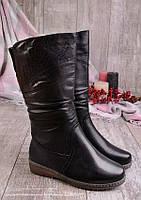 Удобные женские сапоги зимние с вышивкой 16776
