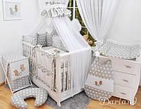 Детская кроватка с полным комплектом