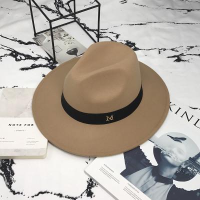 Шляпа женская фетровая Федора с устойчивыми полями и лентой бежевая