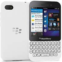 Мобильный телефон BlackBerry Q5 White 2/8gb 2180 мАч Qualcomm Snapdragon S4