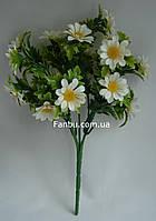 Искусственный куст ромашки с белыми цветами -пластик