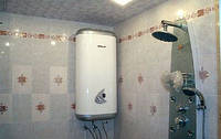 Стильный монтаж электрических бойлеров в ванной комнате или туалете. Установка бойлера в Луцьку.