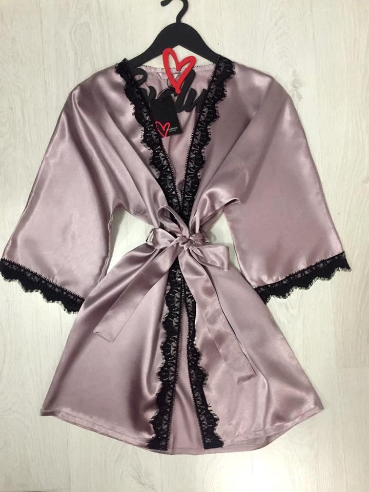 Домашний халат атлас с кружевом, одежда для дома.