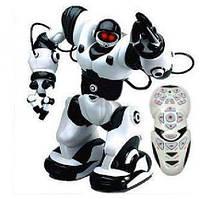 Радиоуправляемый робот Jia Qi Roboactor TT313