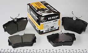 Задние тормозные колодки т4 / Volkswagen T4 1998-00- R16 (с датчиками) Gpd