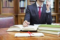 Адвокат по семейным делам. Расторжение брака. Раздел имущества.