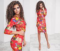 Стильно платье миди принт: цветы на красном