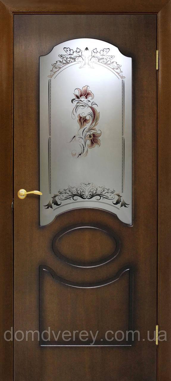 Двери Омис модель Виктория цветок цвет лесной орех