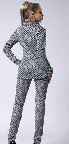 Женский костюм с поясом и принтом размеры 44,46 булавка -синяя, фото 2